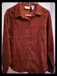 Lady's long sleeve, button down shirt.